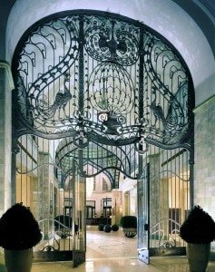 fourseasonshotelbudapestirongate 237x300 Iron gate entrance at the Four Seasons Hotel in Budapest