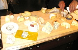 cheesecartbistrolqlosangeles 300x194 The cheese cart with some 20 selections