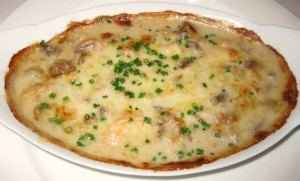 mixedseafoodlacachettebistro 300x181 Mixed seafood with Swiss cheese gratin