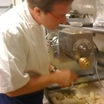 Chef Alessandro Cartumini demonstrates his P. Nuova pasta machine