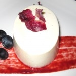 Panna cotta with raspberry-beet sauce