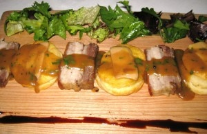 biscuit 300x195 Bisquits & pork belly with foie gras and truffle gravy
