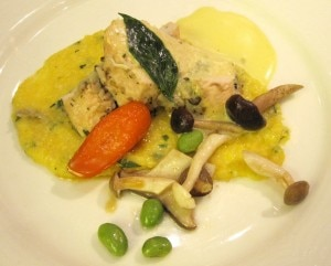 number3 r6 300x241 Justine de Valicourts dish: my rating 6/10. Chicken breast stuffed with mushrooms, warm emulsion in the way of Béarnaise