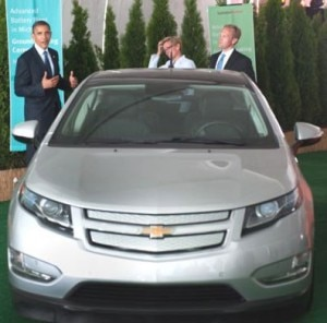 OBAMA chevy volt 300x296 President Obama just checked out the Chevrolet Volt