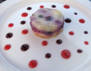 tiatoblueberriescake 300x233 Quad berry cobbler with vanilla ice cream