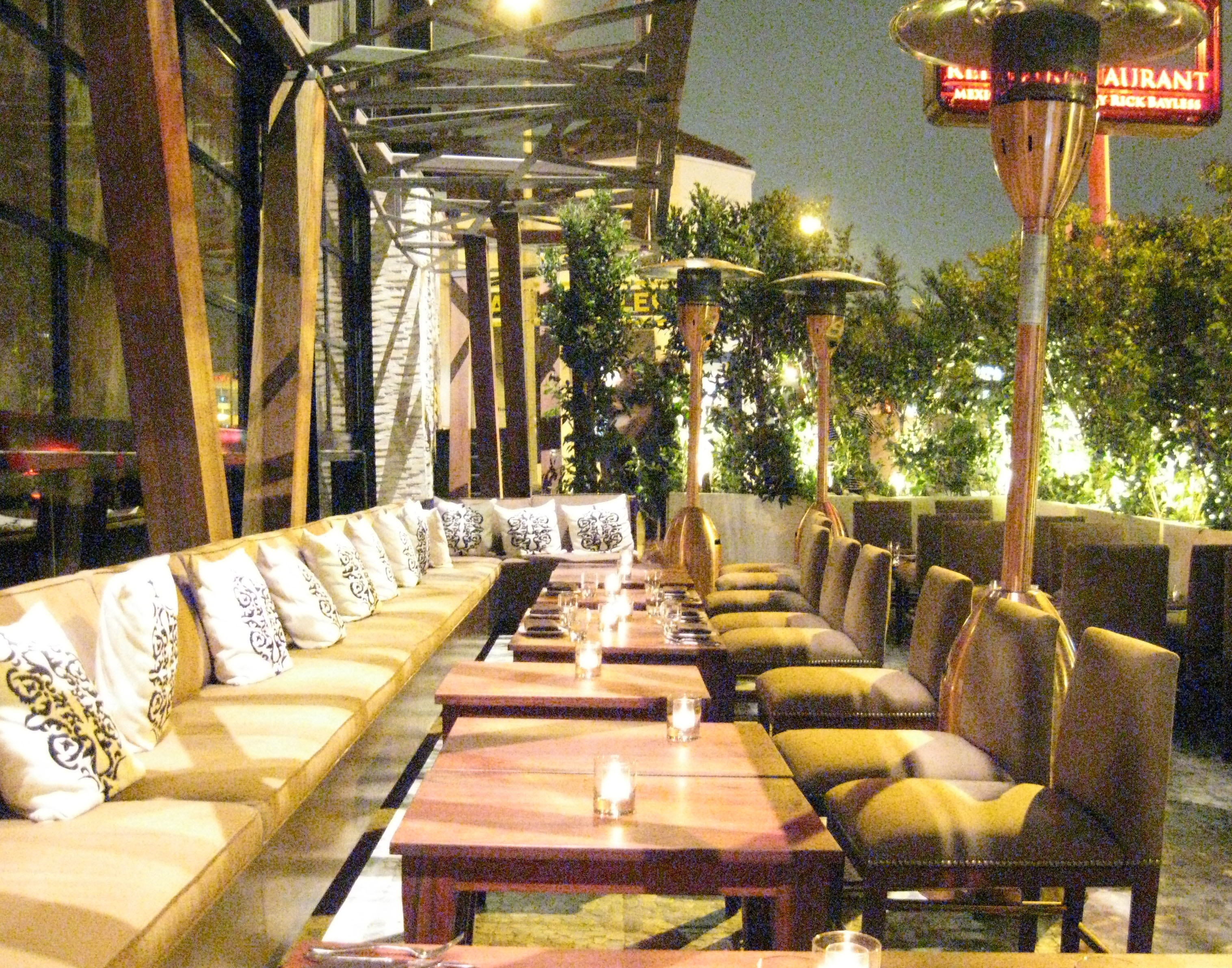 Http Www Gayot Com Blog Red O Restaurant Chef Rick Bayless Los Angeles Mexican Food Tequila Outdoor Patio