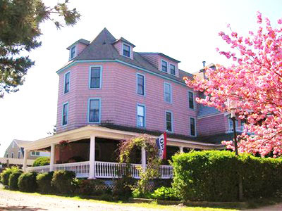 The Grenville Hotel & Restaurant in Bay Head, NJ at the Jersey Shore