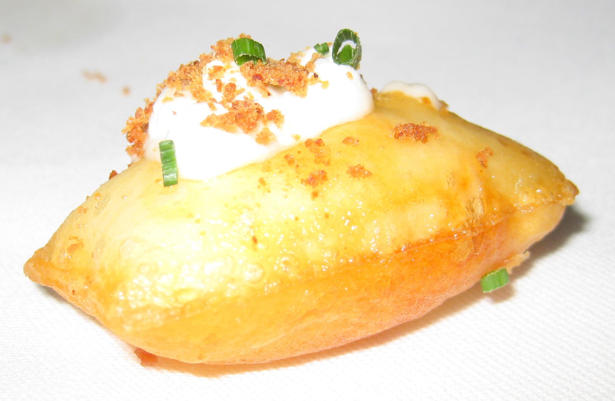 Amuse bouche pomme soufllee gayot 39 s blog for Amuse bouche cuisine