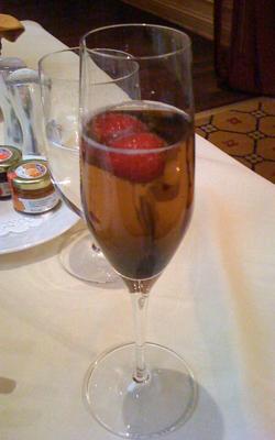 Kir Royal: crème de cassis and Champagne