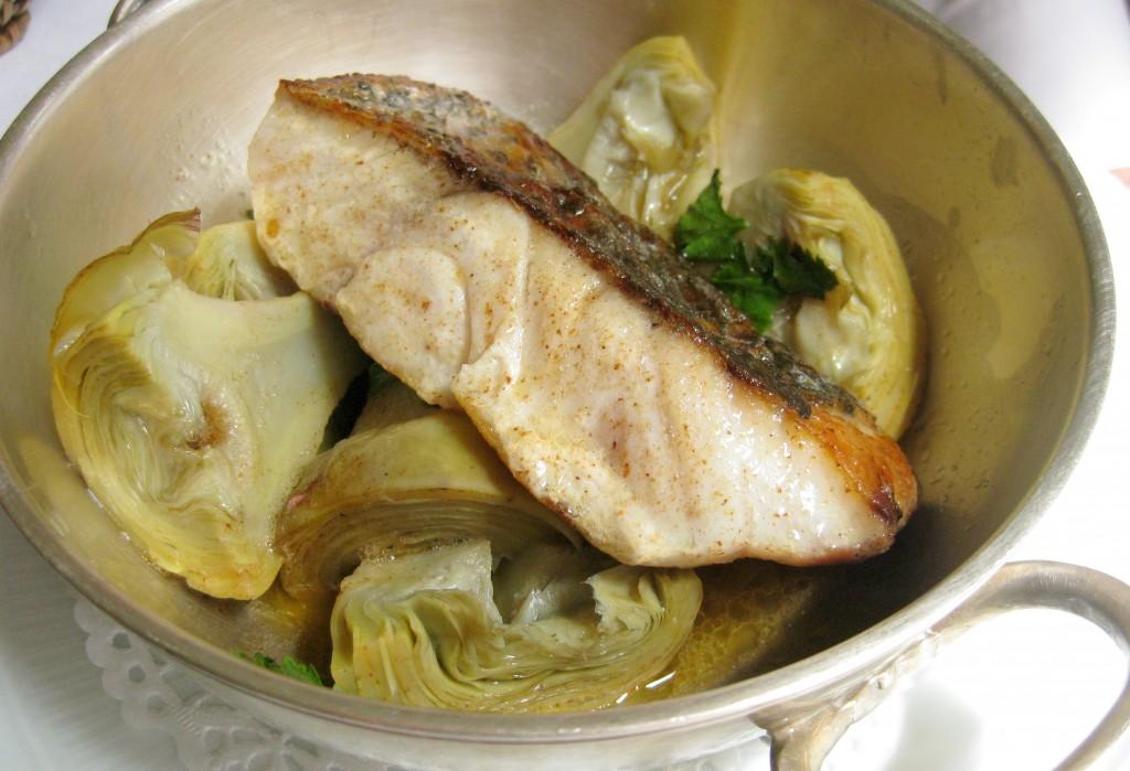 Maigre de ligne cuit au beurre demi-sel, artichauts poivrades façon Barigoule