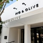 The entrance on Melrose-Place