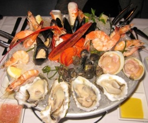 shellfish platter 300x249 Shellfish platter from the raw bar