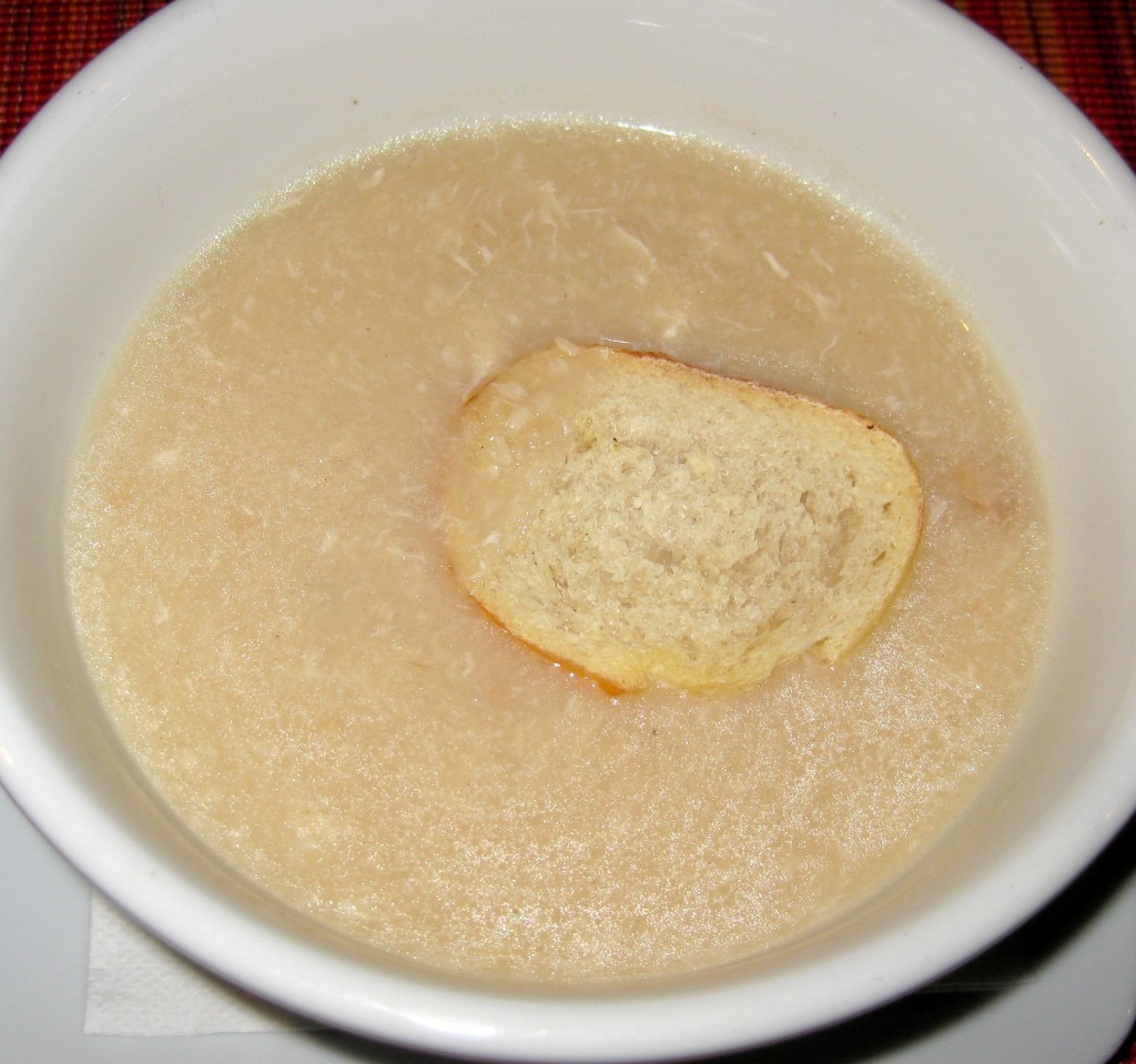 Traditional tourain: garlic and chicken soup