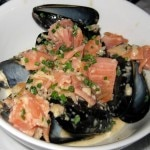 Alaska mussels: smoked salmon, lemon, chive, cream, chablis and shallots