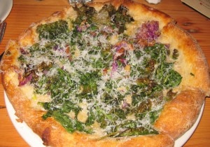 kale white pizza 300x210 Bloomsdale spinach pizza: crispy purple kale, young pecorino, cracked black peppercorn and organic extra virgin olive oil
