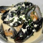 Roquefort mussels: garlic, shallots, roquefort, chives and cream