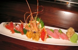 shrimp 300x192 Live botan ebi and blue fin tuna: raw spotted shrimp (left) with fatty blue fin tuna (right)