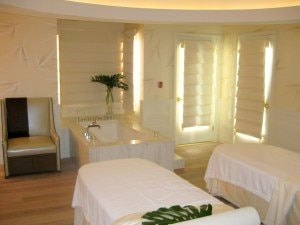 couple spa suite 300x225 Couples spa suite