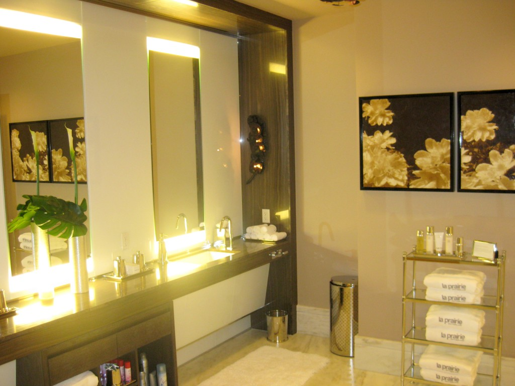 Ladies' lockers at La Prairie spa