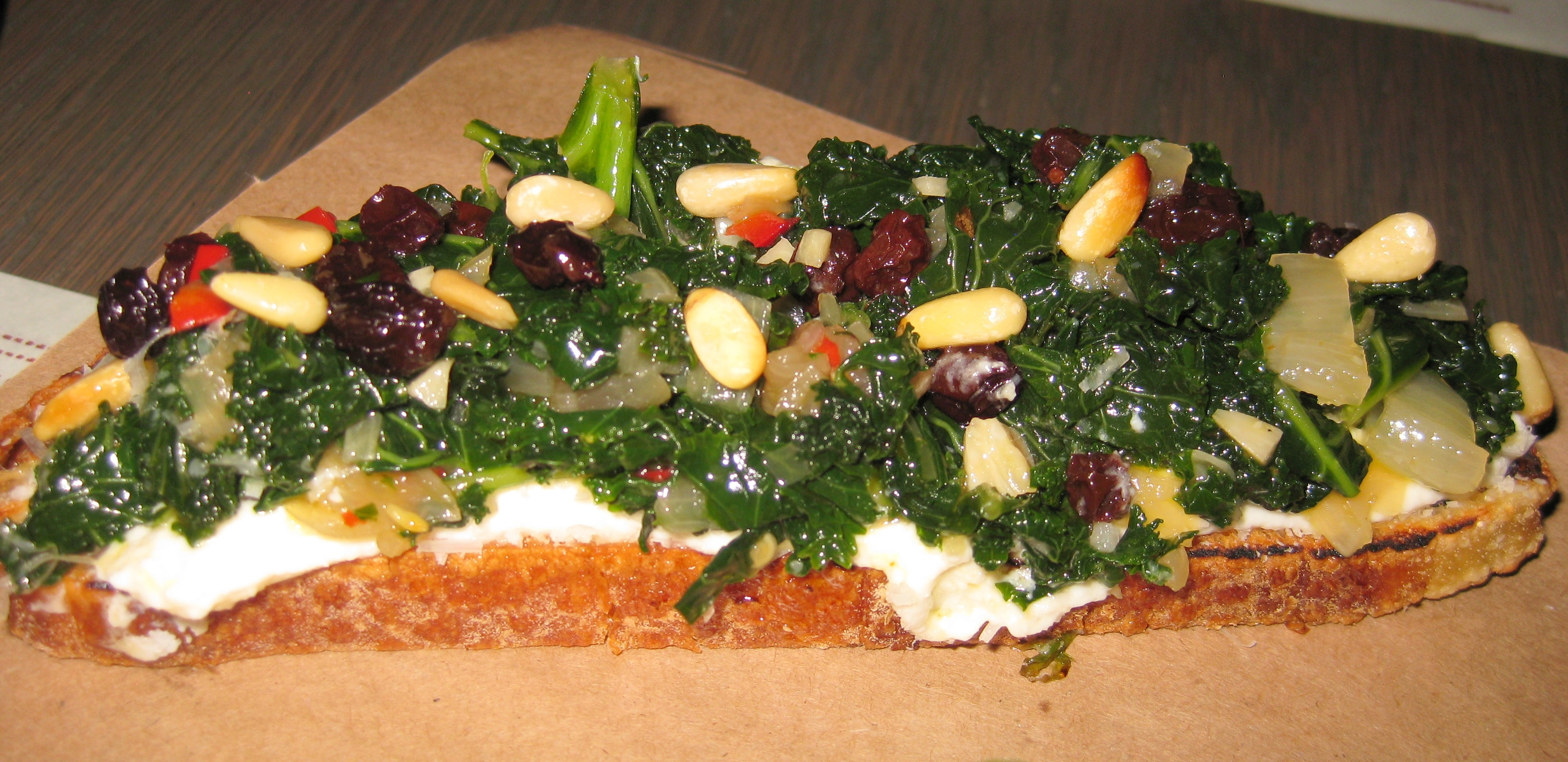 Crostini Kale 300x145 Crostini With Kale Ricotta Pine Nuts And