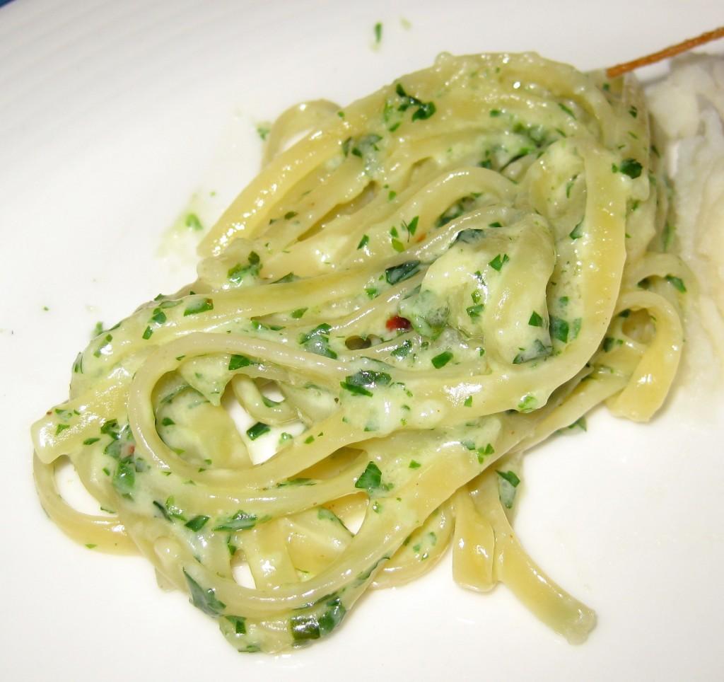 Linguini al Pesto