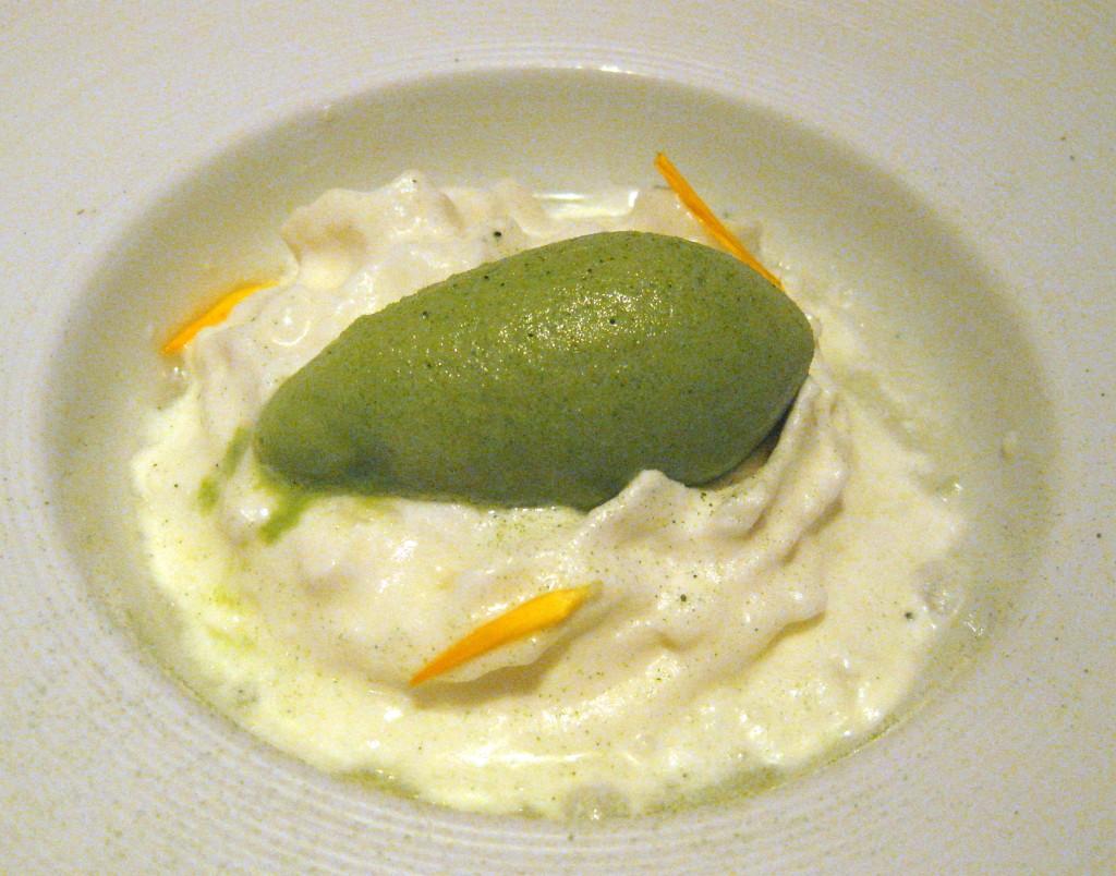 Apple, green tea and crème fraîche