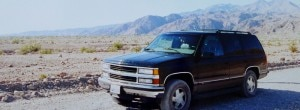 chevrolet tahoe 300x110 GM   Chevrolet Tahoe in Californias Death Valley National Park