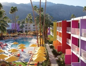 saguaro palm springs pool 300x229 Saguaro Palm Springs Opens in the California Desert