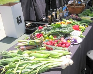 produces 300x239 Santa Monica Farmers Market produce