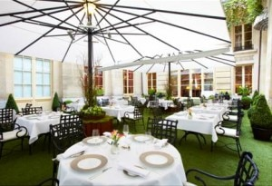 Le Patio, summer restaurant