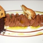 Pan con chocolate: chocolate flan with caramelized bread, olive oil and brioche ice cream