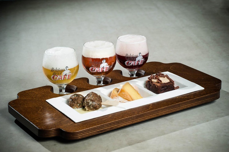 Pre-tasting of beer and food pairing for Belgian Beer Weekend in Brussels' Stock Exchange