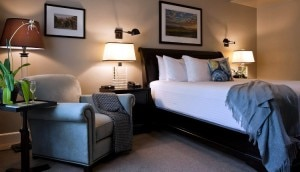 guestroom2 300x172 North Block Hotel Wine Explorer Package   Travel Special