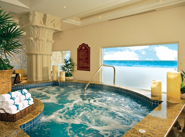 A hot tub at THE ROYAL Cancun