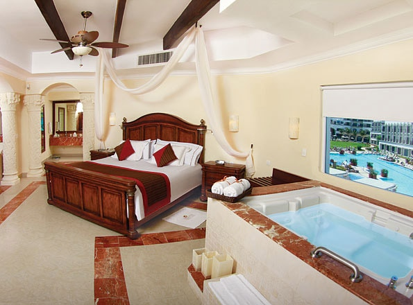 A guest room at THE ROYAL Playa del Carmen