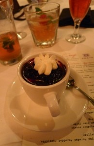 Vanilla bean pudding with huckleberry Prévu compote