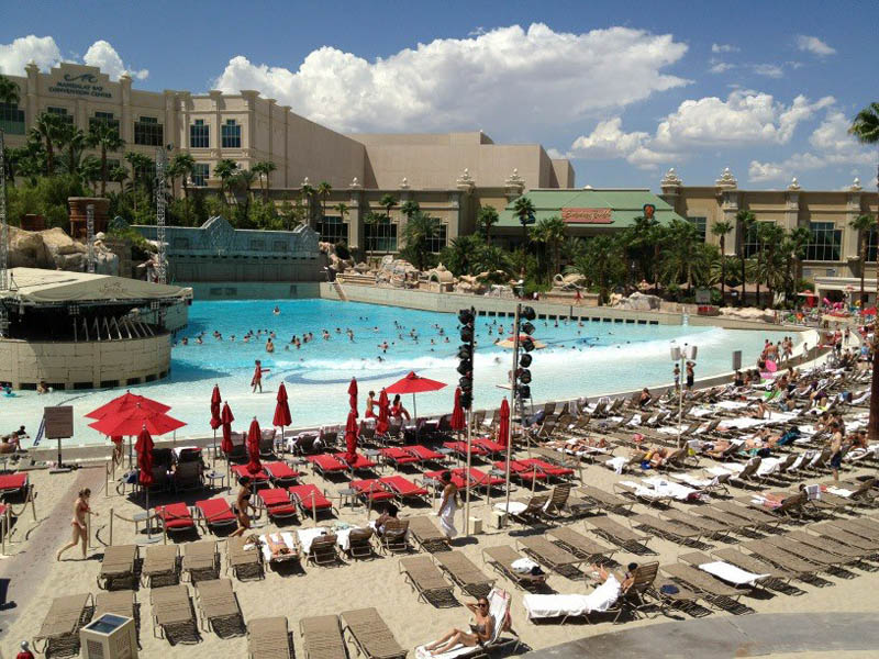 The Beach At Mandalay Bay Resort In Las Vegas