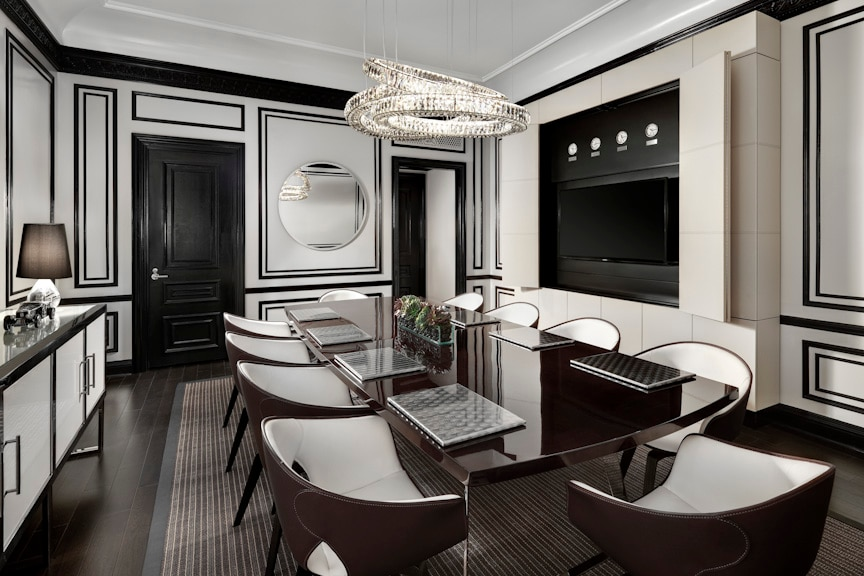 The Dining Room Of The Bentley Suite