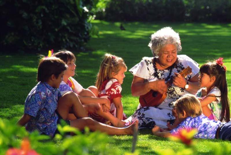 Kaanapali Beach Hotel ukulele lessons