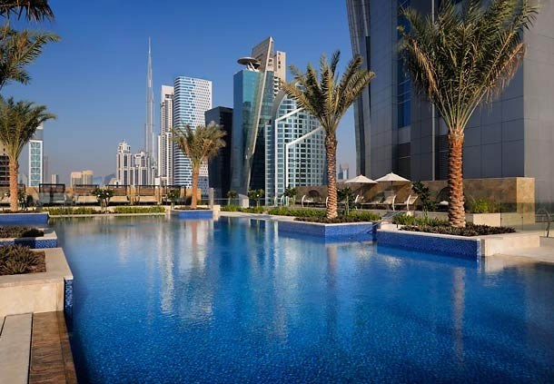 The outdoor pool at JW Marriott Marquis Hotel Dubai