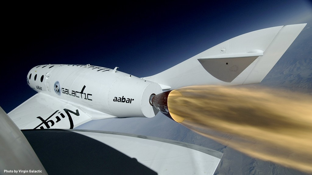 Close-up of SpaceShip2 during its first rocket-powered flight