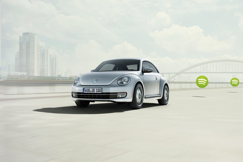 ibeetle three quarter Apple and Volkswagen Launch New iBeetle    Car News
