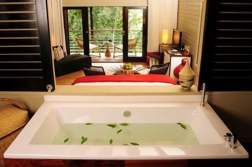 An elegant bathtub at the Nyungwe Forest Lodge