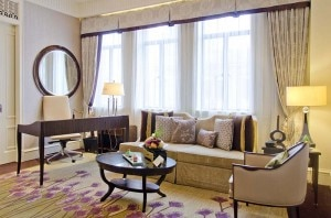 living room 300x198 A living room at Fairmont Peace Hotel in Shanghai