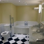 A guest bathroom in Woodland Court in Ellenborough Park