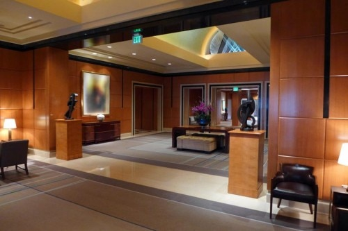 hotel lobby 500x333 Four Seasons Hotel San Francisco   Review