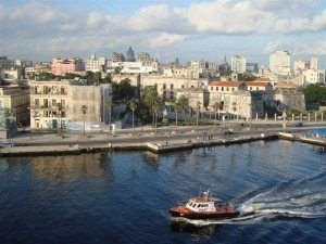 Sailing into Havana