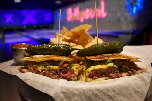 lucky strike burger 500x333 L.A. Restaurants Celebrating Cinco de Mayo