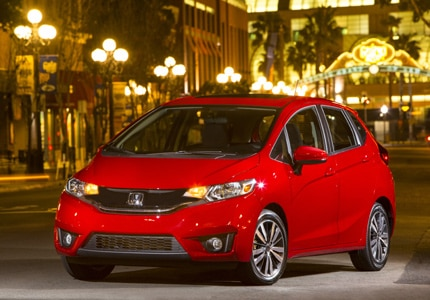 A three-quarter front view of the 2016 Honda Fit