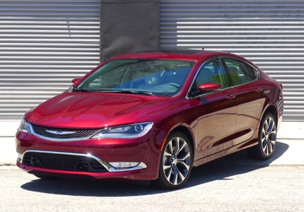 A three-quarter front view of the 2015 Chrysler 200c